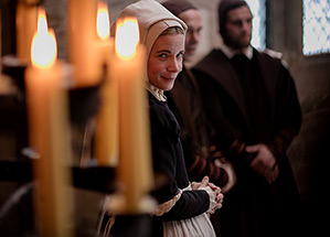 Lucy Worsley Six Wives Tab
